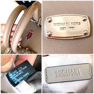 Michael Kors Bags - Michael Kors Grey Saffiano Leather Satchel Handbag